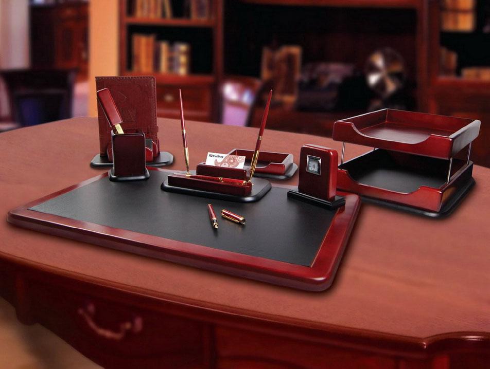 Офисные аксессуары в подарок