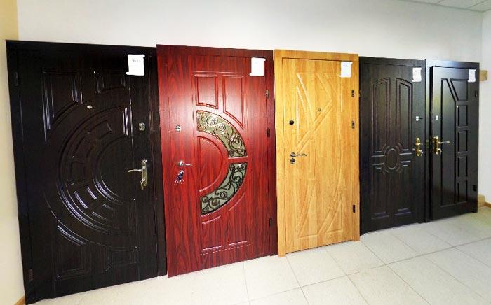 купить входные уличные двери в истре